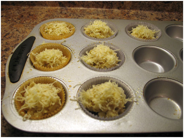 Liz Makes Apple, Gruyere and Sage Muffins - avoision.com | avoision ...